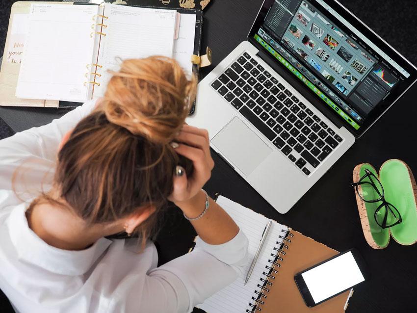Anspannung oder Stress können Pickel oder Akne auslösen